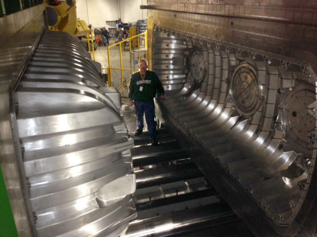 World's Largest Low-Pressure Injection Molding… | Onsite Installer
