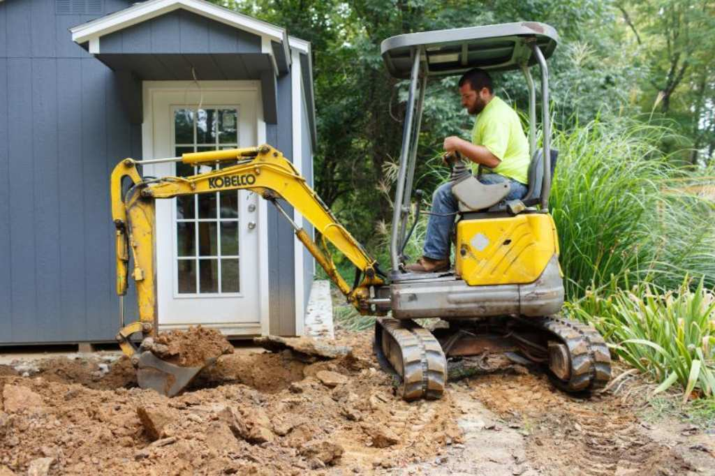 Every Installer Needs the Perfect-Sized Excavator | Onsite Installer